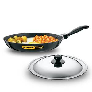 Hawkins Futura Nonstick Frying Pan with Stainless Steel Lid, Capacity 2.5 Litre, Diameter 30 cm, Thickness 3.25 mm, Black (NF30S)